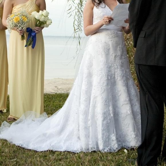 Oleg cassini dresses wedding dress poshmark oleg cassini wedding dress junglespirit Gallery